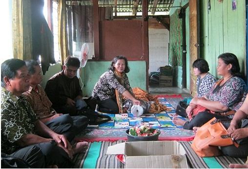 Persiapan Kebaktian Pemakaman Alm. Ibu Susayati Ipong (90th)