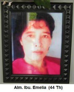 Wafat Ibu Emelia