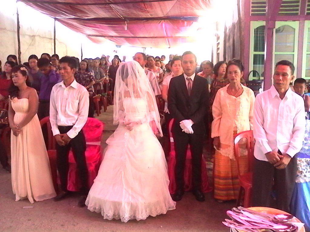 Pernikahan Yusto & Stefanny, SIntang, Selasa, 05 April 2016