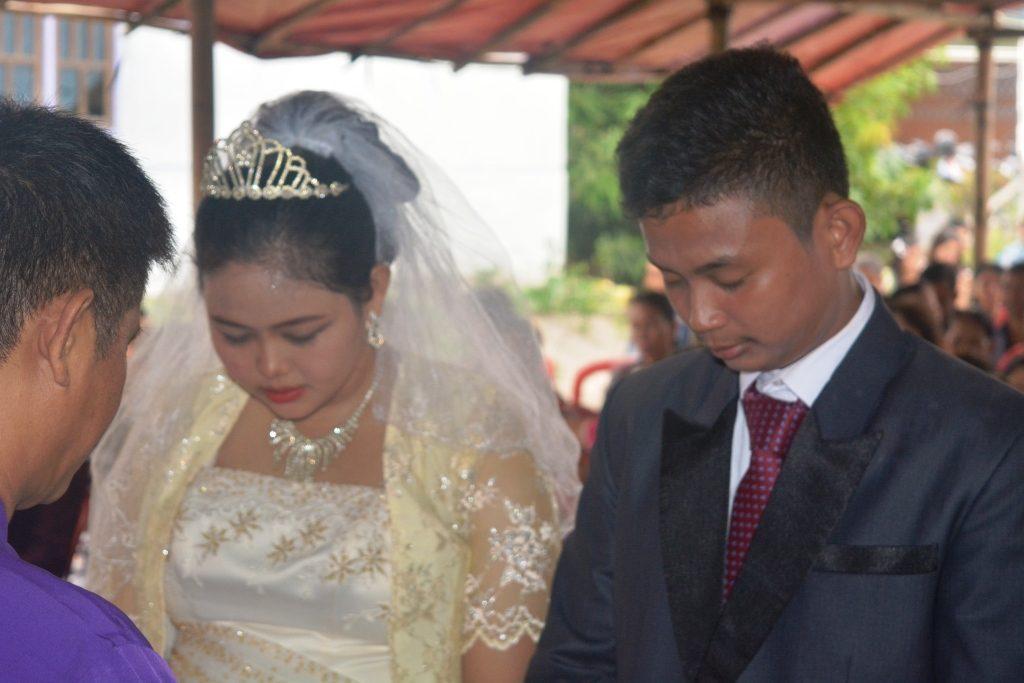 Setra Novian Tora & Niken Yosephine