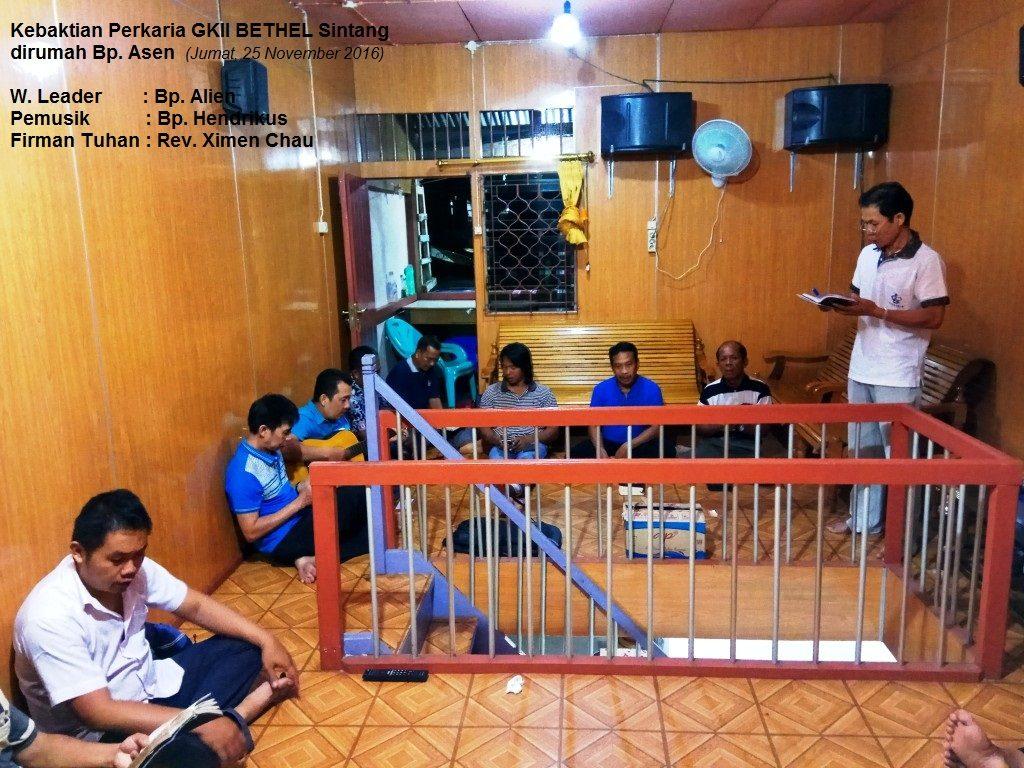 Kebaktian PERKARIA GKII Bethel Sintang, dirumah Bp. Asen - 25 Nov 2016