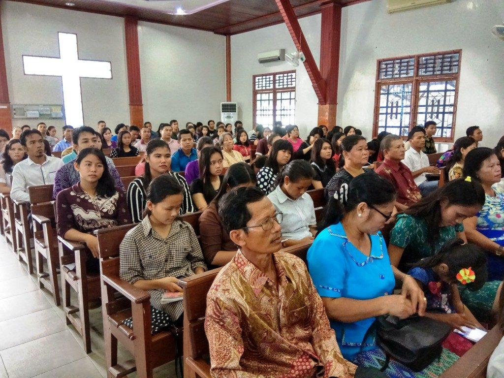 Jemaat GKII Bethel Sintang yang hadir